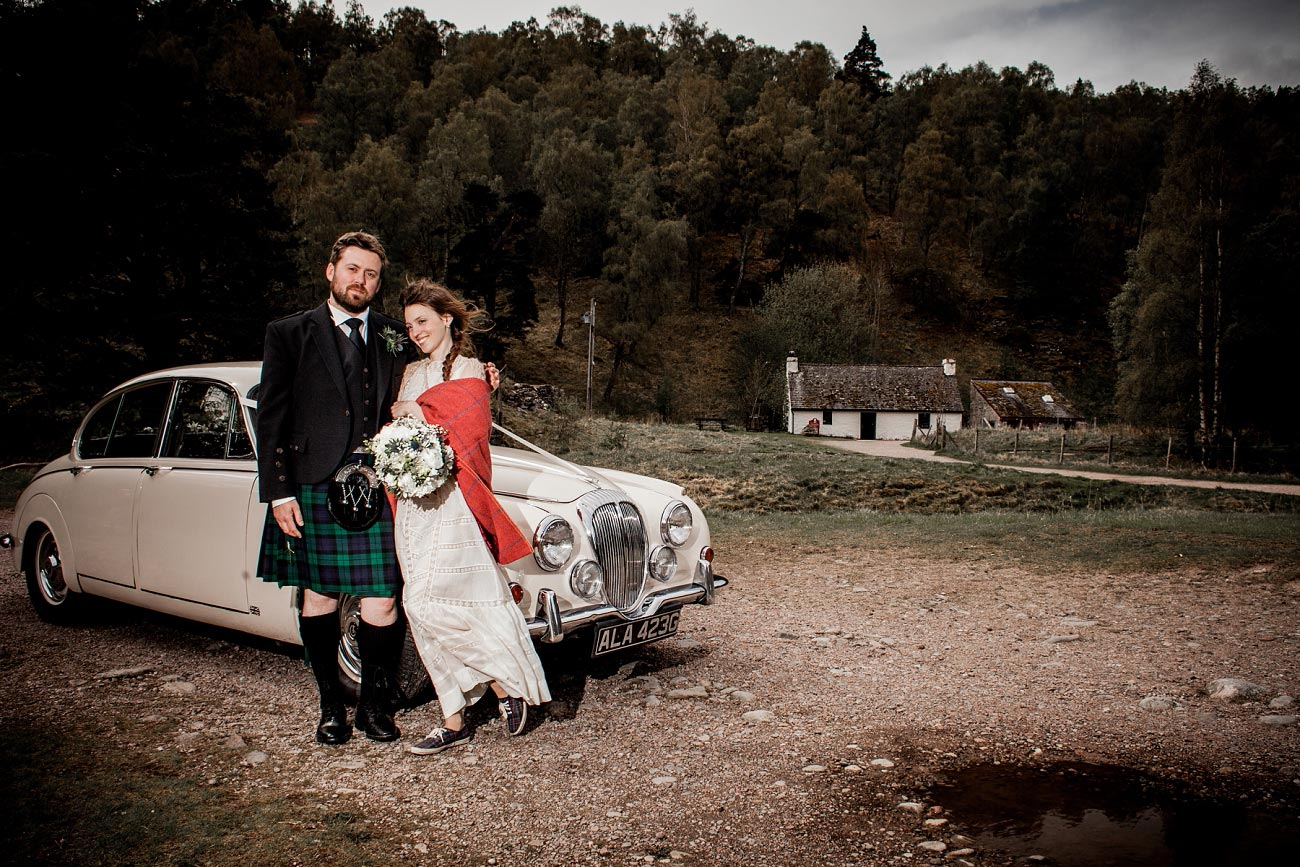 forest wedding photography scotland dell of abernethy cairngorms 0060