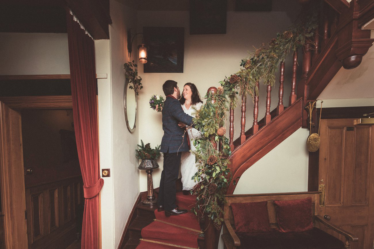 relaxed lodge on loch goil elopement wedding winter scottish highlands 0020