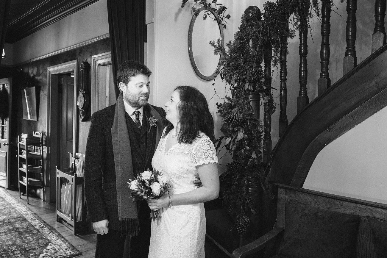 relaxed lodge on loch goil elopement wedding winter scottish highlands 0022