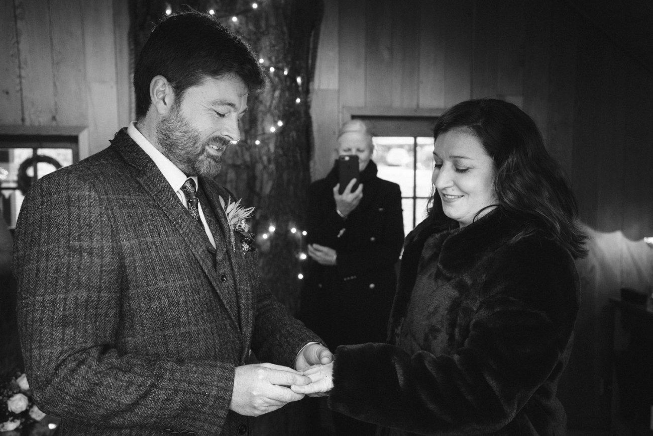 relaxed lodge on loch goil elopement wedding winter scottish highlands 0029